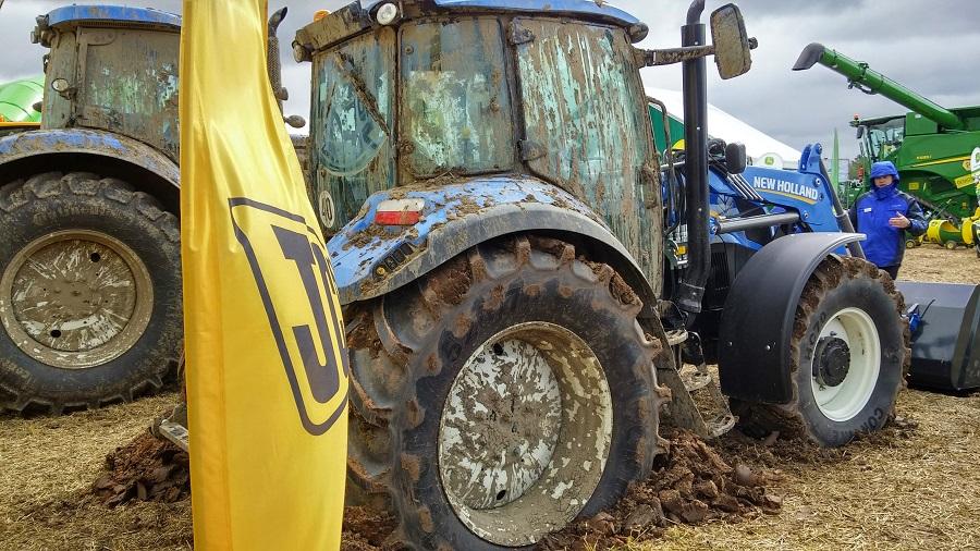 Traktordiena 2015 New Holland 2